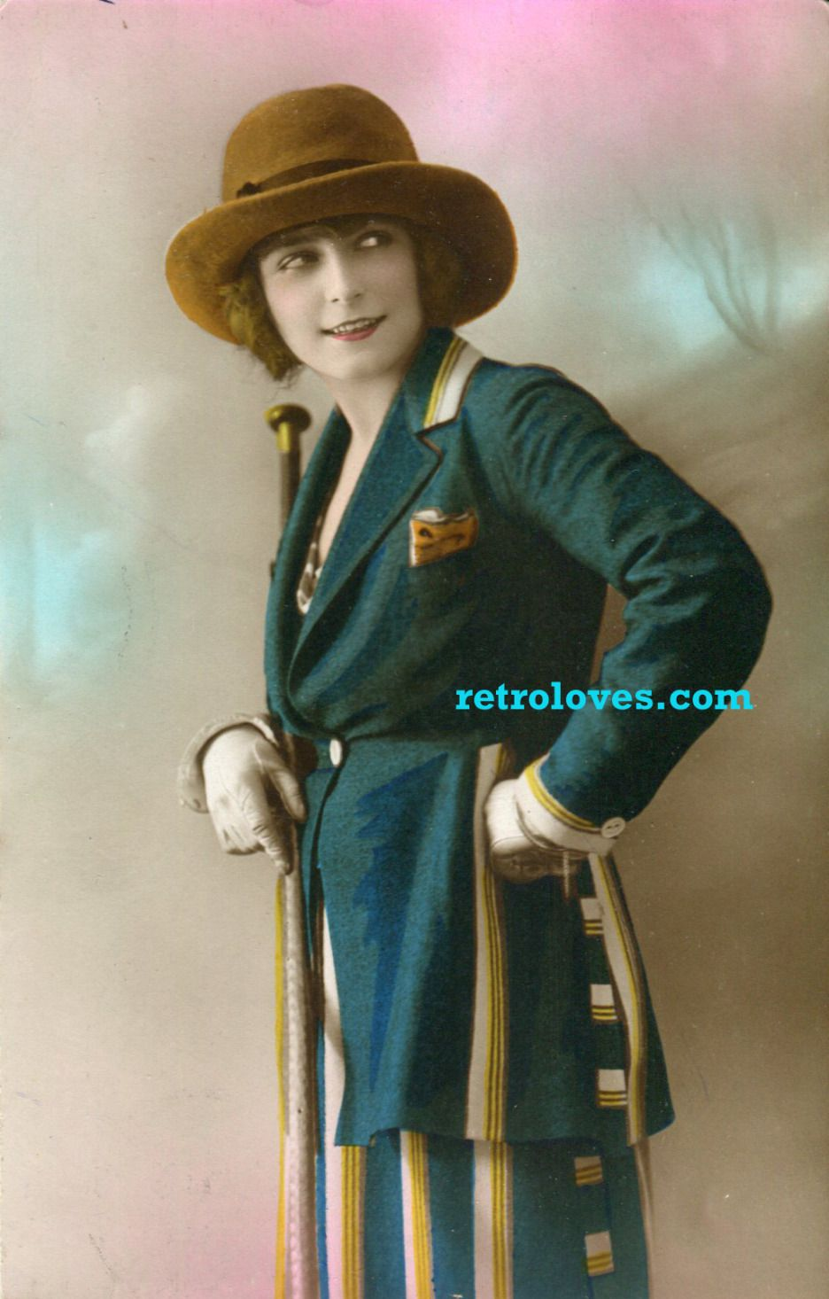 1920's lady in suit