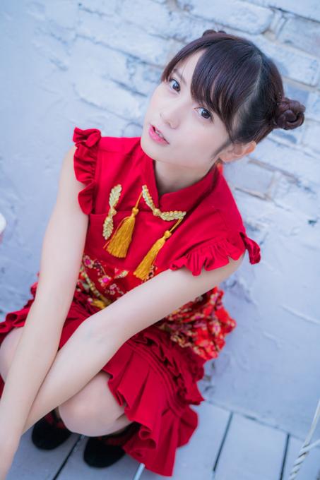 赤のドレス桃月なしこ