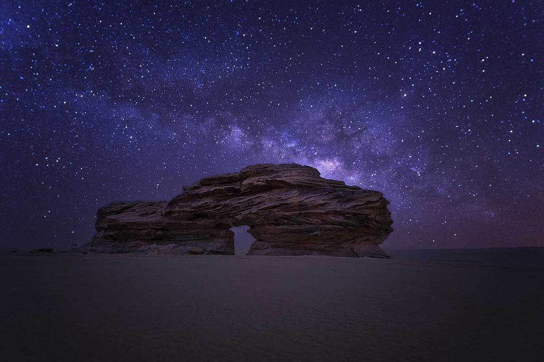 يومان وسط صحاري نجران رأيت فيهما بعد زمن نجوم الليل وسراب النهار وتعطرت برائحة النفل طاب مساءكم بكل خير صوره من ا Natural Landmarks Northern Lights Nature