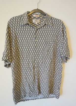 636dc7c326f Pin by Diana O on My Vinted Closet! | Shirts, Clothes for women, Clothes