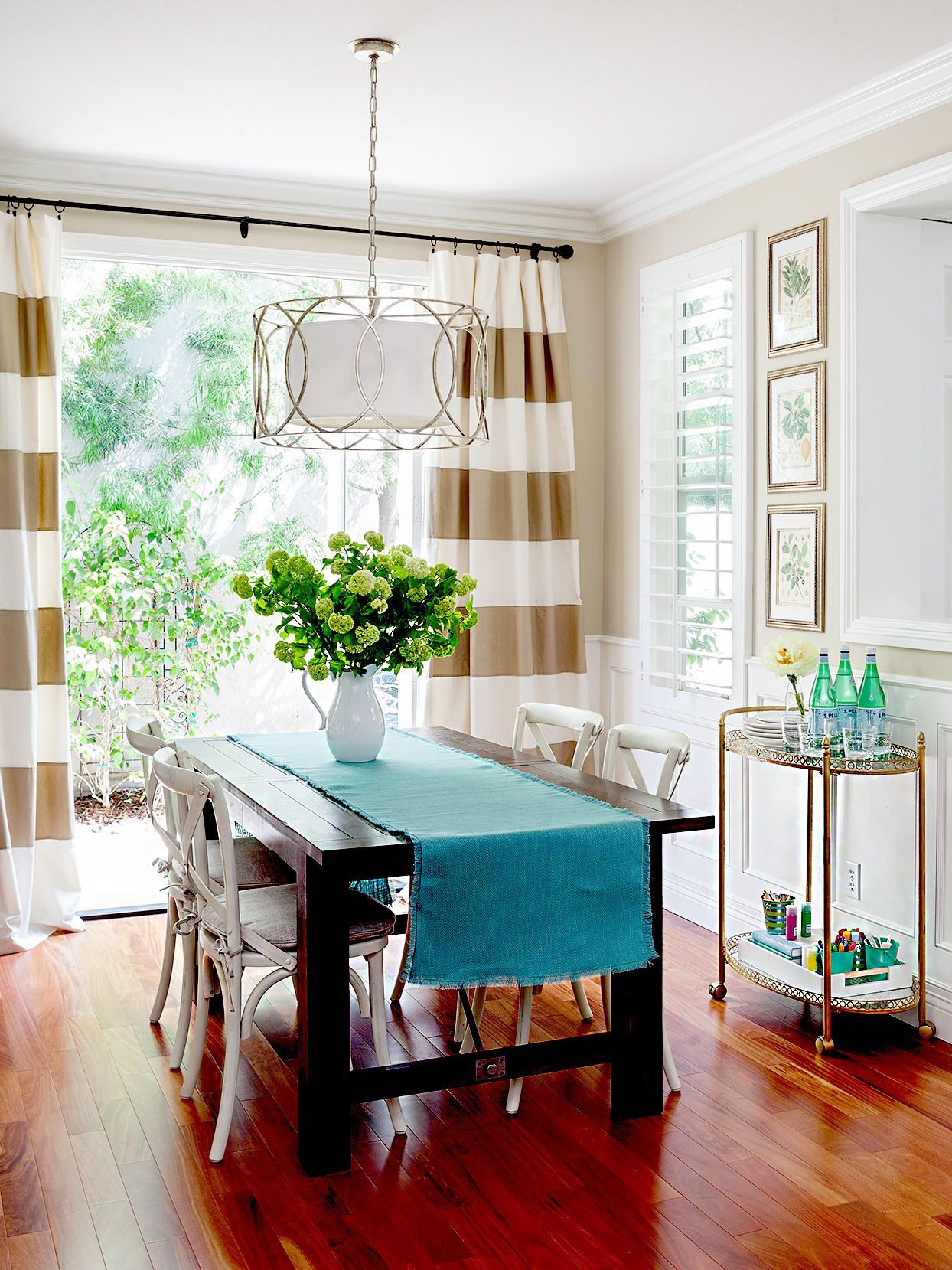 What Colors Go With Blue 10 Gorgeous Combinations For Every Room In Your Home Sliding Glass Door Curtains Sliding Door Blinds Sliding Glass Door Window Treatments