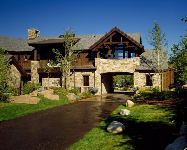 Bavarian Style Luxury Mountain Retreat In Aspen Luxury Homes Exterior Cool House Designs Rustic Home Design