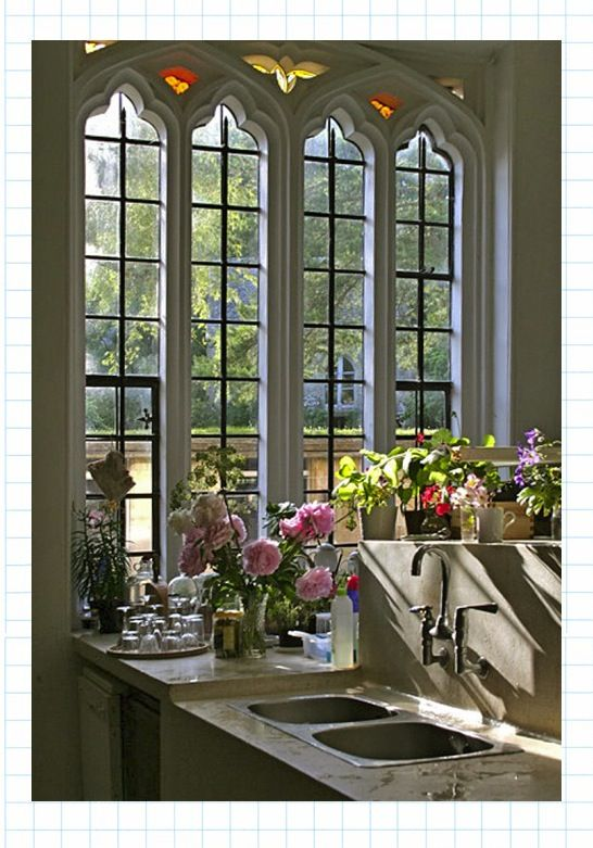 Great old church windows in the gothic style repurposed with modern flair windows - Gothic einrichtungsideen ...