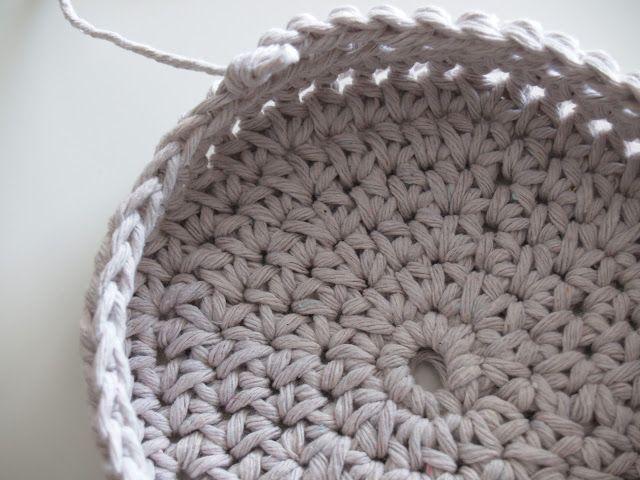 Free Crochet Basket Pattern, Handmade basket | Crochet bags/baskets ...