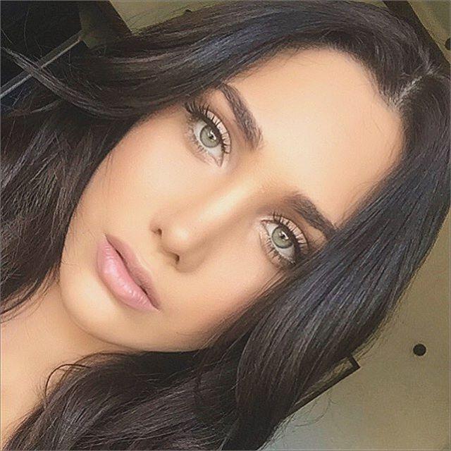 Gracias a @gustavomakeup por este hermoso y natural maquillaje. Menos es mas