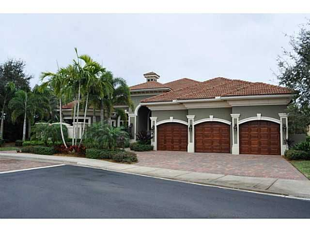 Playa Rienta community in Mirasol Country Club, Palm Beach Gardens Florida real estate and homes for sale presented by Chasewood Realty, Palm Beach Gardens Realtors. Visit www.chasewoodrealty.com/mirasol.php or call 561-901-3333. #palmbeachgardensrealestate #palmbeachgardenshomesforsale