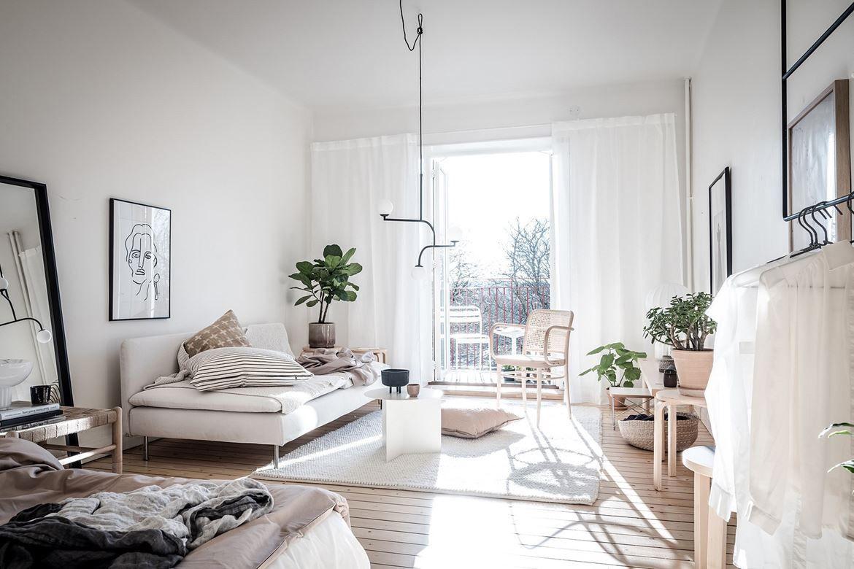 Wohn Schlafzimmer Kombinieren 20 Qm Einzimmerwohnung Einrichten Beispiele In Neutralen Farben Wohnen Wohnung Wohnung Platzsparend