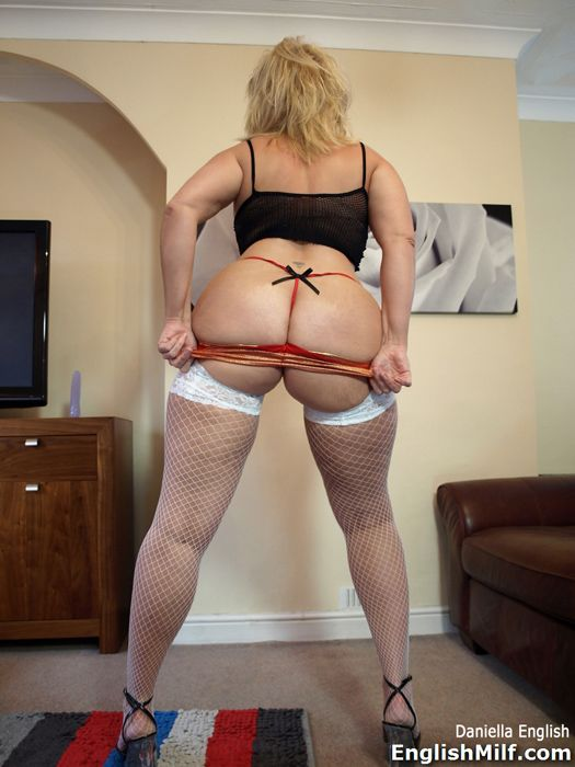 Big ass stockings milf hot with bermuda
