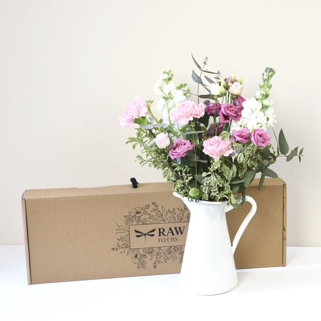 Fiori Online Milano.Letterbox Flowers Inspired By Candy Pink Flowers Bouquet Di