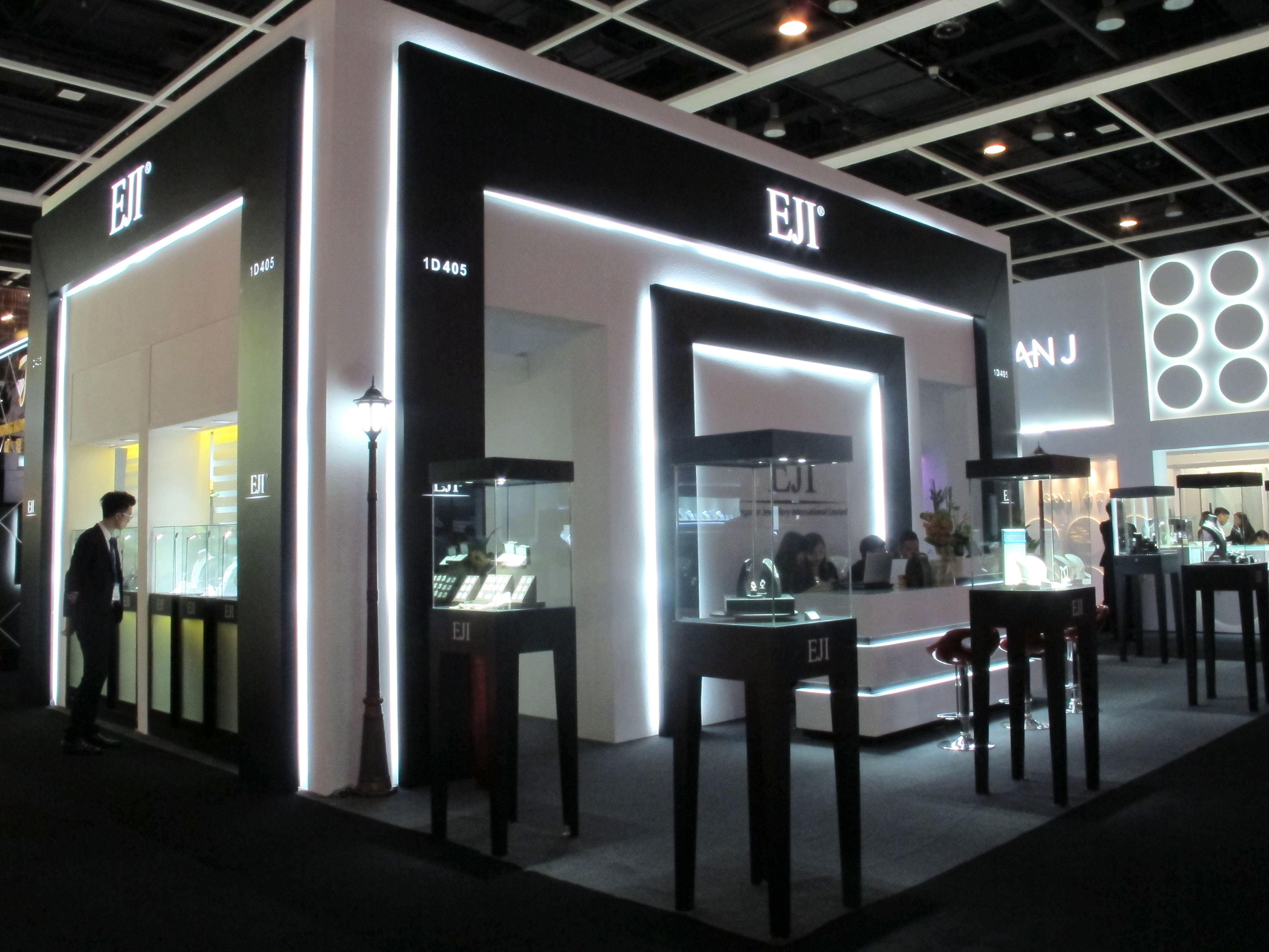 Jewelry Exhibition Booth Design : June hong kong jewellery and gem fair