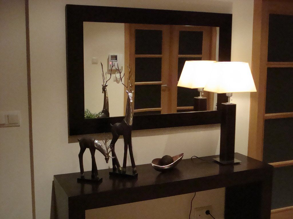 El post de los recibidores hall dressing tables and for Ideas para decorar apartamentos modernos