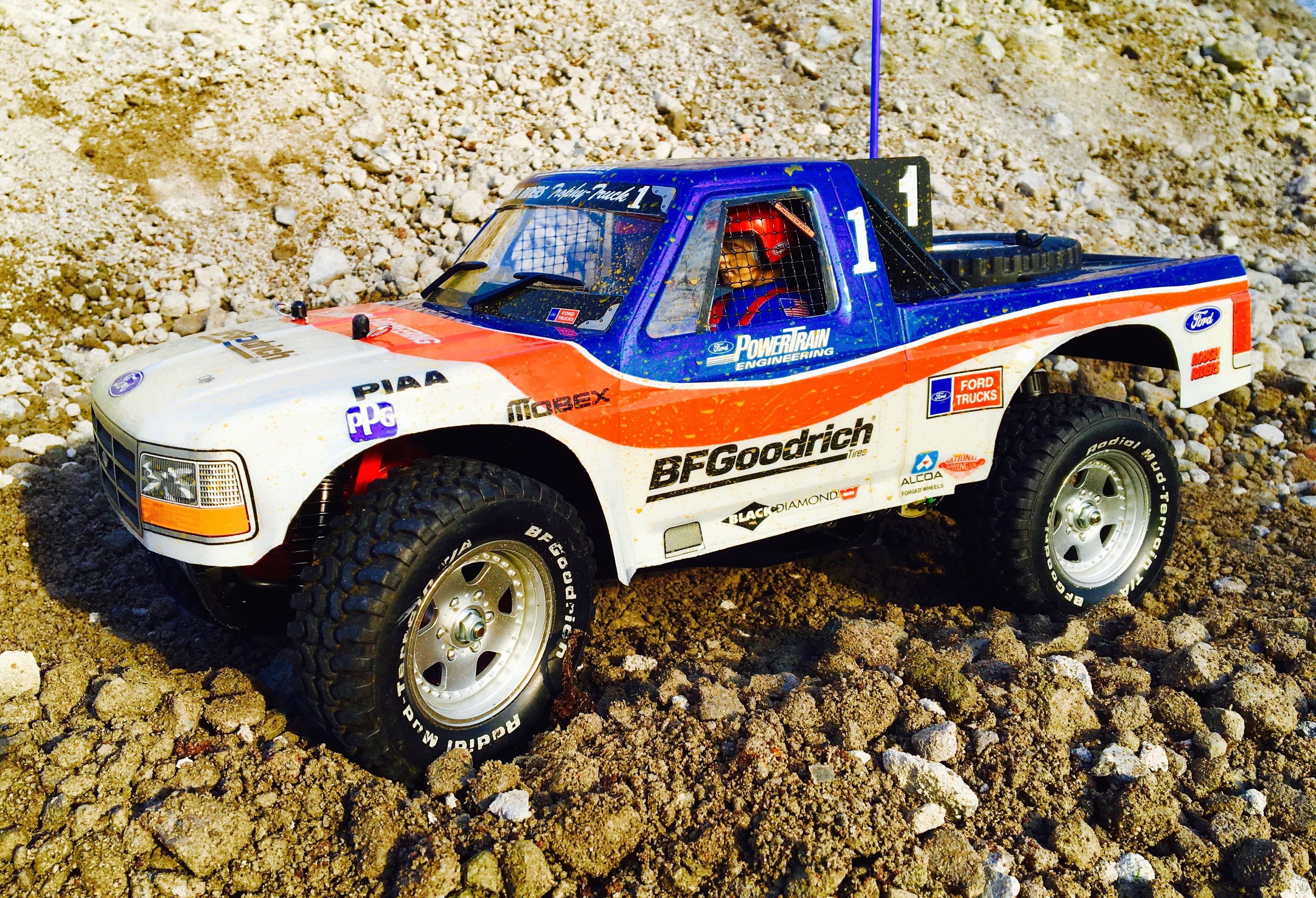 Tamiya ford f 150 racing truck with custom interior and window nets build by rc car body shop rc cars by rc car bodyshop pinterest rc car bodies