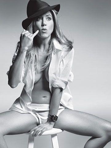 Знаете ли вы, что #ДженниферЭнистон заняла второе место в рейтинге самых фотогеничных актрис #TheTelegraph , уступив место лишь #ЭлизабетТейлор?
