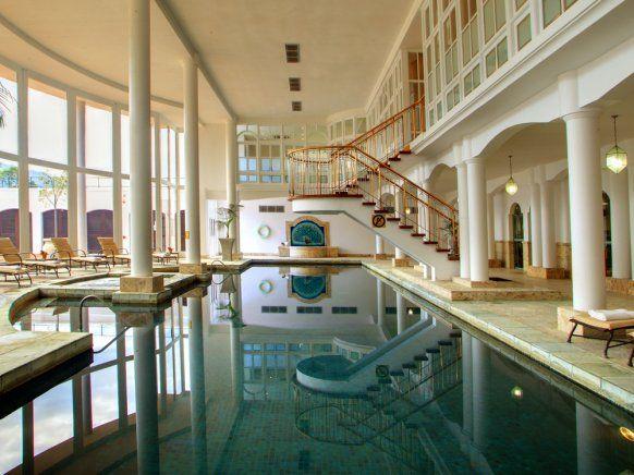 Indoor swimming pool luxus  luxus pool indoor - Google-Suche | Home | Pinterest | Indoor