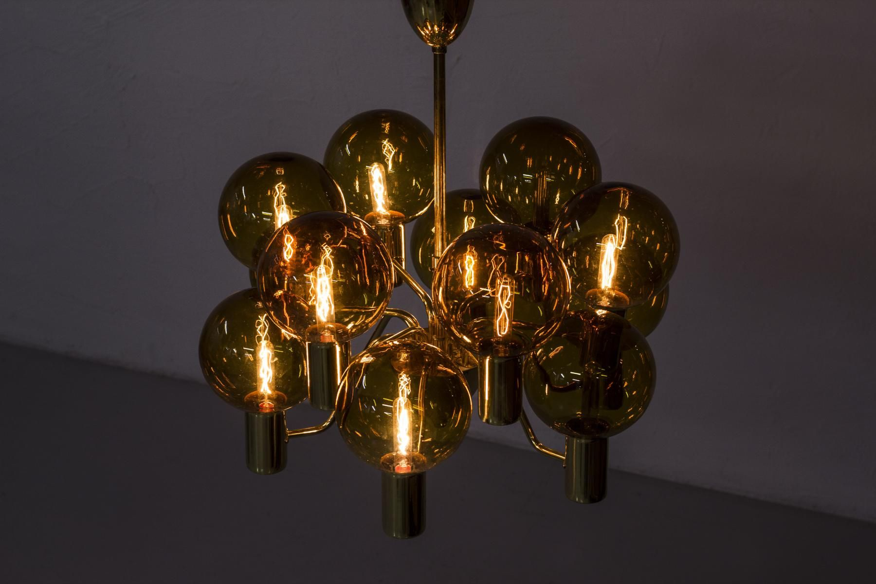 Mid century swedish chandelier by hans agne jakobsson for hans agne mid century swedish chandelier by hans agne jakobsson for hans agne jakobsson ab markaryd 1960s mozeypictures Choice Image