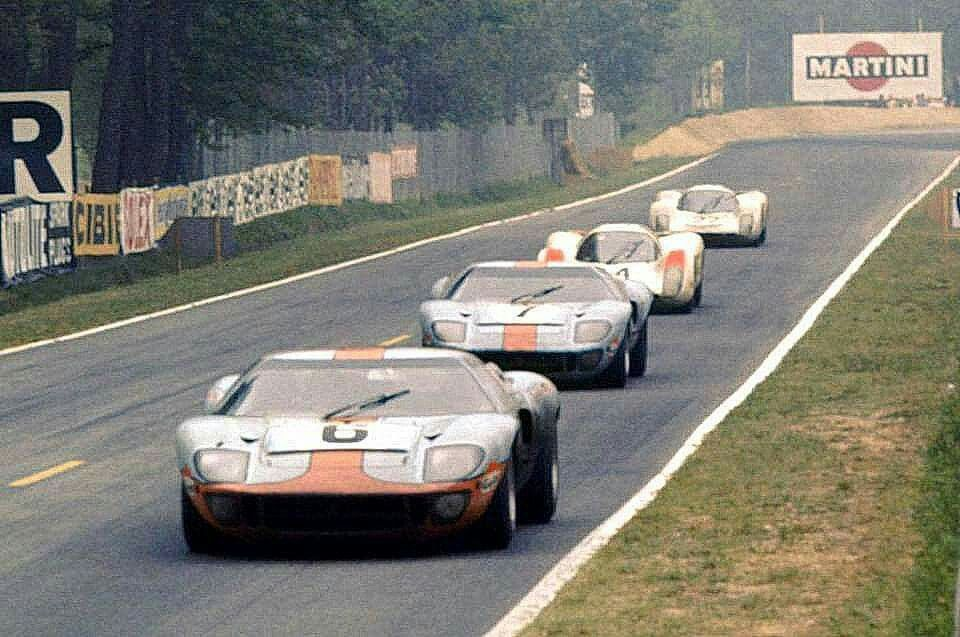Le Mans 1969 Ford Gt 1075 Ickx Oliver Winners Ford Gt Ford Gt40 Le Mans