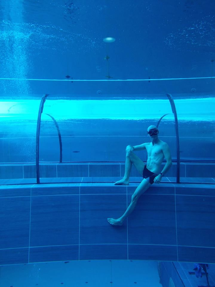 Y40 The Deep Joy The world's deepest diving pool is in