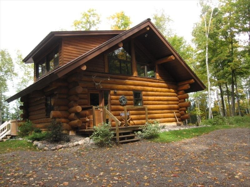 Eco Friendly Log Cabin On Quiet Lake With Wooded Acreage Minocqua, Wisconsin  Vacation Rental