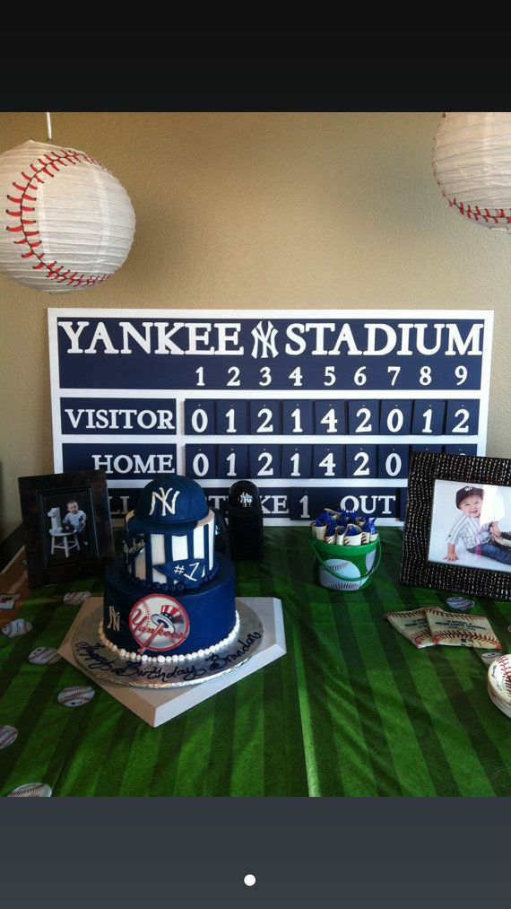 New York Yankees Vintage Style Scoreboard With Hanging Numbers ... e278e759fd8