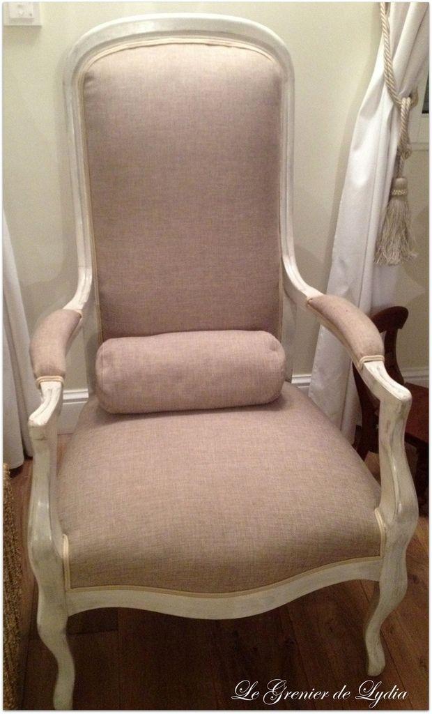 relooking de deux fauteuils voltaire fauteuil voltaire fauteuil voltaire fauteuil et voltaire. Black Bedroom Furniture Sets. Home Design Ideas