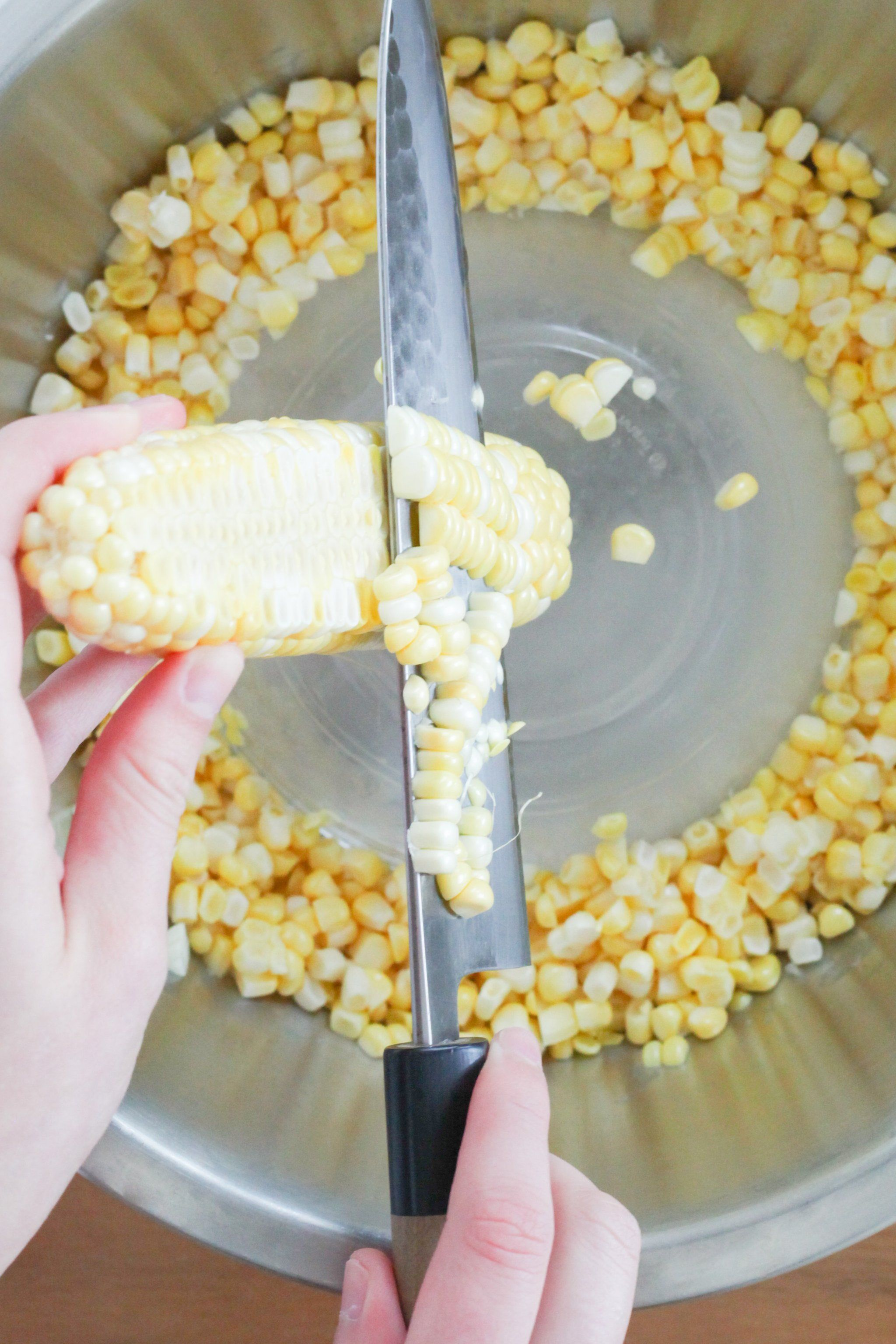 The Pioneer Woman S 5 Ingredient Corn Casserole Is Your New Go To Side Dish Corn Recipe Pioneer Woman Creamed Corn Recipes Fresh Corn Recipes