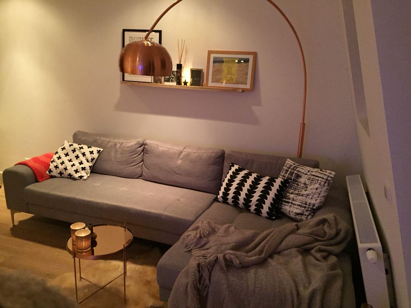 Scandinavian minimalist copper lamp zuiver booglamp salontafel