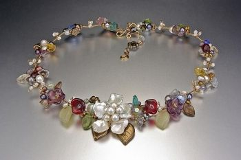 Mary Lowe necklace, Rambling Rose (Empress Bright)