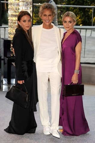 On the red carpet at the CFDA awards 2012