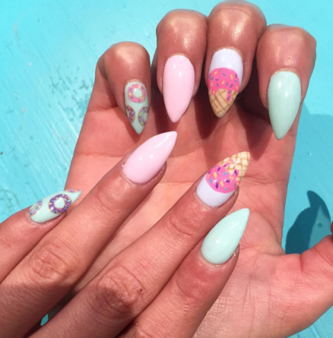 summer-nail-art-ice-cream-manicure.png (480×487)
