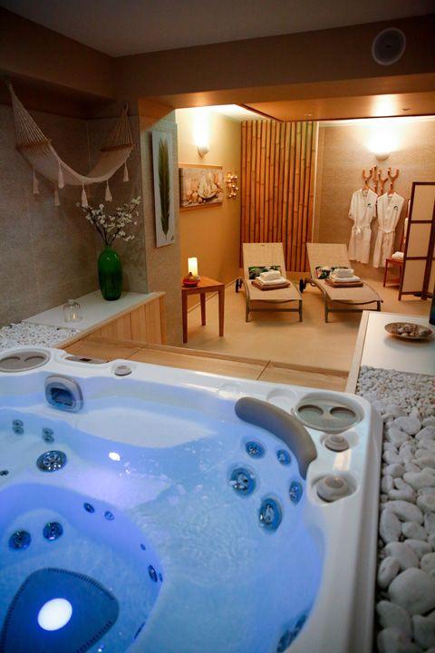 Aux 5 Sens Spa Privatif Zone Detente Spa 3 Sauna Maison Jacuzzi Interieur Spa A La Maison