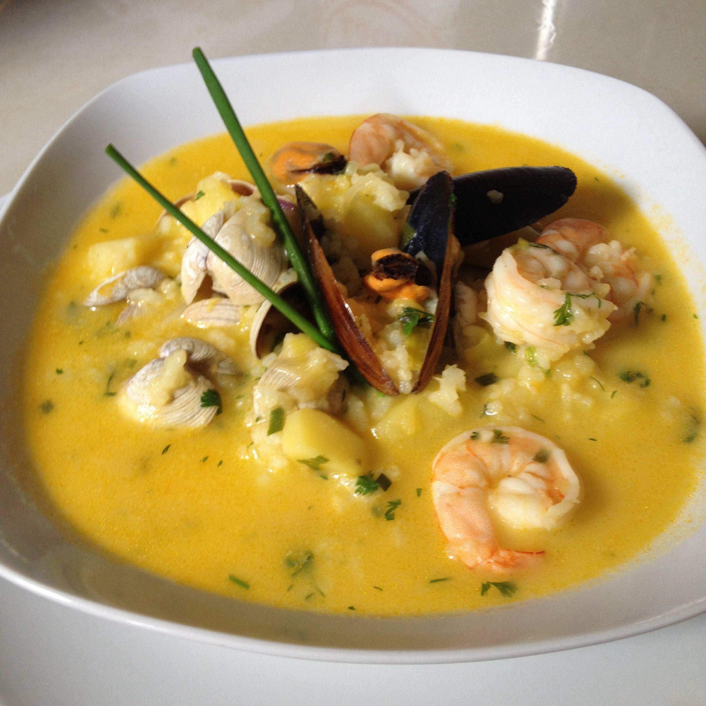 Una Delicia Nuestra Comida Ecuatoriana Pusandao De Mariscos Y Que Lujo Inspirado En La Comida Recetas De Sopa De Pescado Sopa De Pescado Recetas De Sopa