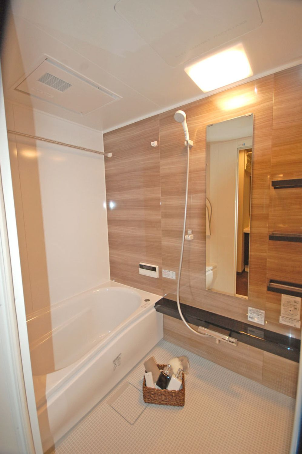 アジアンモダンなデザインリフォーム 埼玉でリフォーム リノベーション ユニットバス 浴室 インテリア 浴室リフォーム