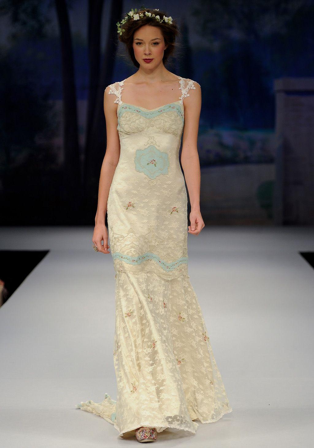 Clarie pettibone oohlala gown r u n w a y pinterest wedding