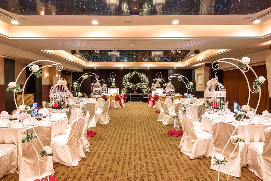 Romance Wedding Theme At Amara Singapore