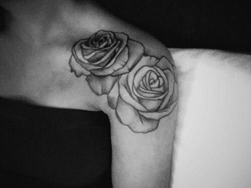 Les 25 meilleures id es de la cat gorie tatouage rose signification sur pinterest placement de - Rose tatouage signification ...