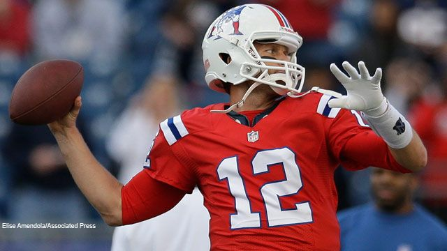 lowest price 79a1c 61e98 October 20, 2012 - Tom Brady sports the Boston Patriots ...