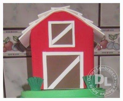 DOCES LEMBRANÇAS DA SANDRA ARTERA: Casinha feita com caixa de Leite