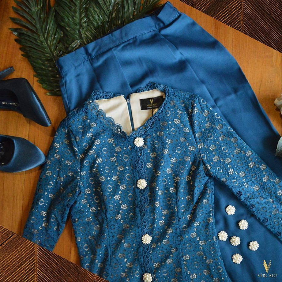 Hope That Youll Love The Flatlay Here Featuring Fancy Lace Kebaya Minimal Floral Pearls Cap Sleeve Dress Biru Xl And Lux
