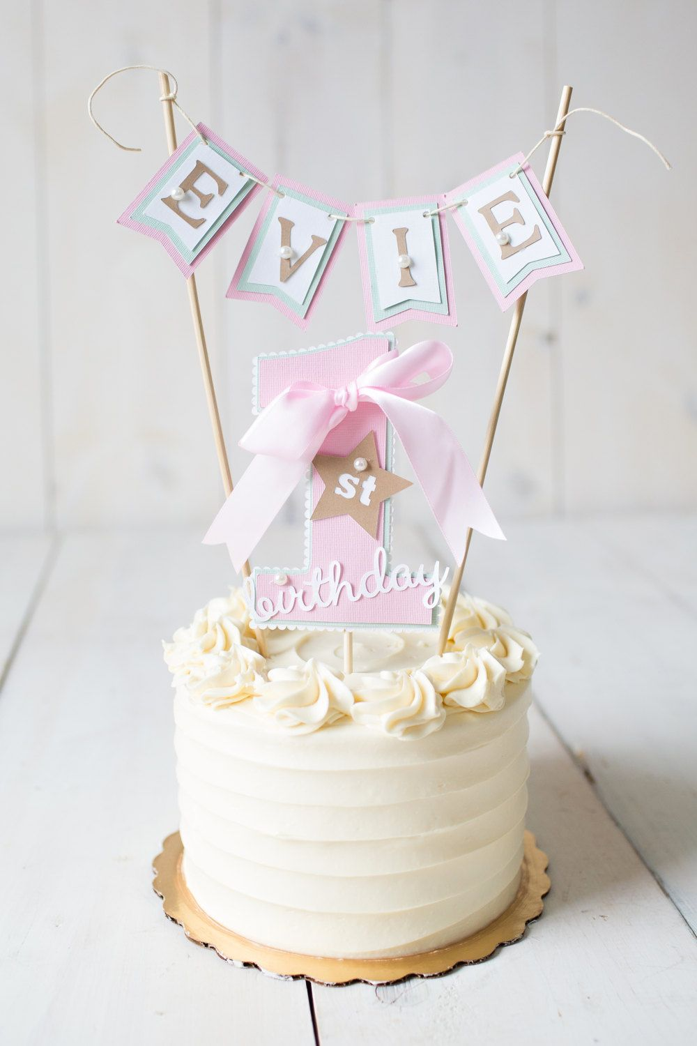 Cake Decorating Ideas For Baby S First Birthday : Girl / First Birthday cake topper. 1st birthday party ...