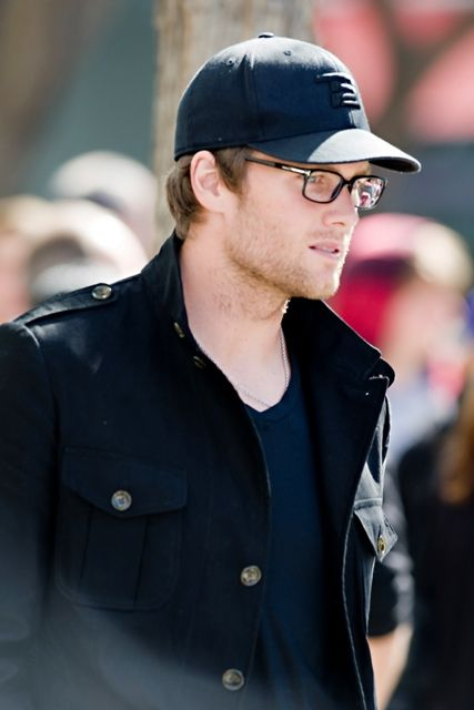084821fc69 Tom Brady glasses
