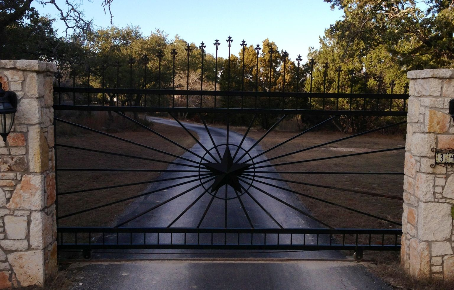 Custom Metal Driveway Gate With Center Star Design New