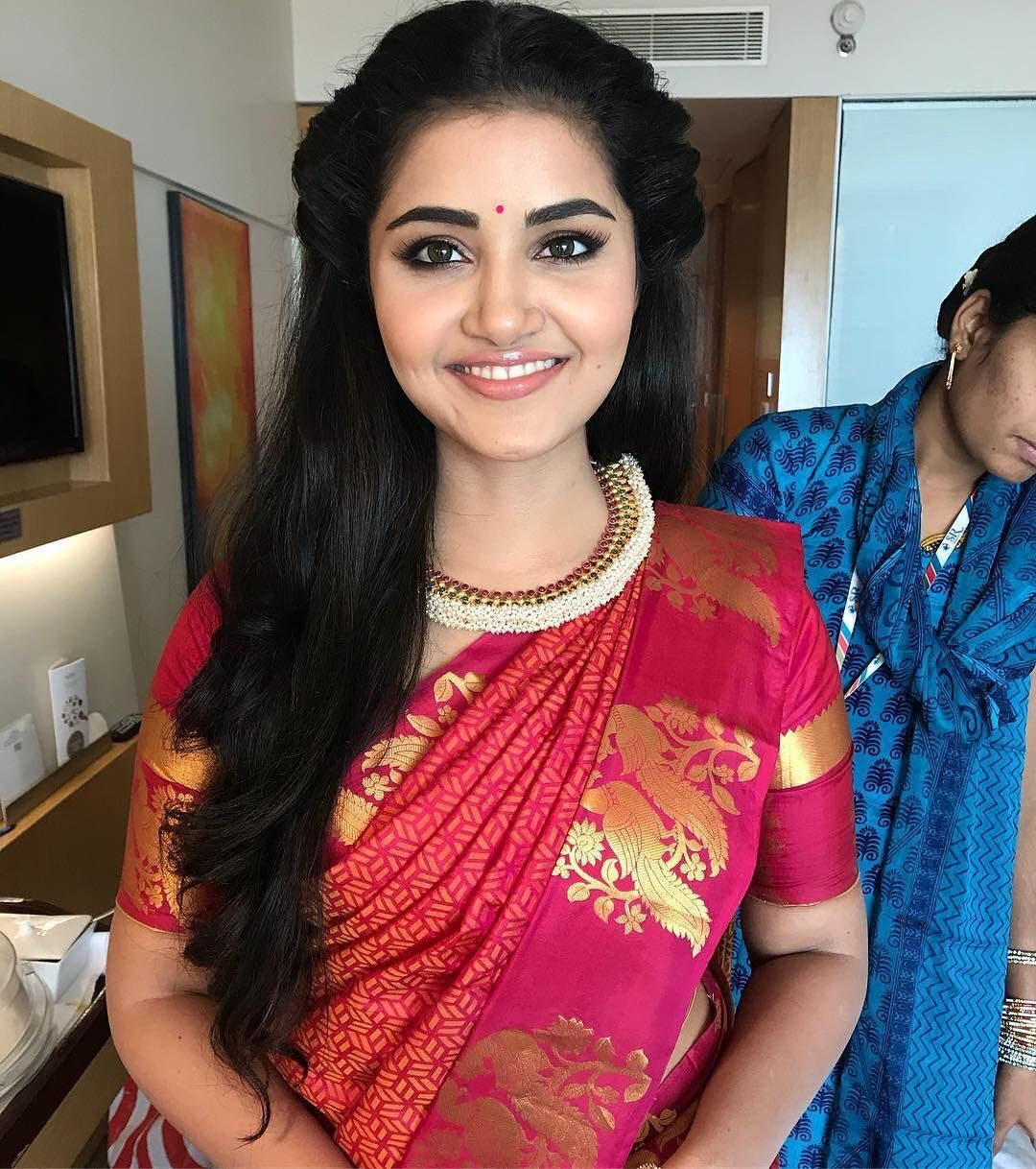 top 10 south indian style hairstyles for round faces   hair