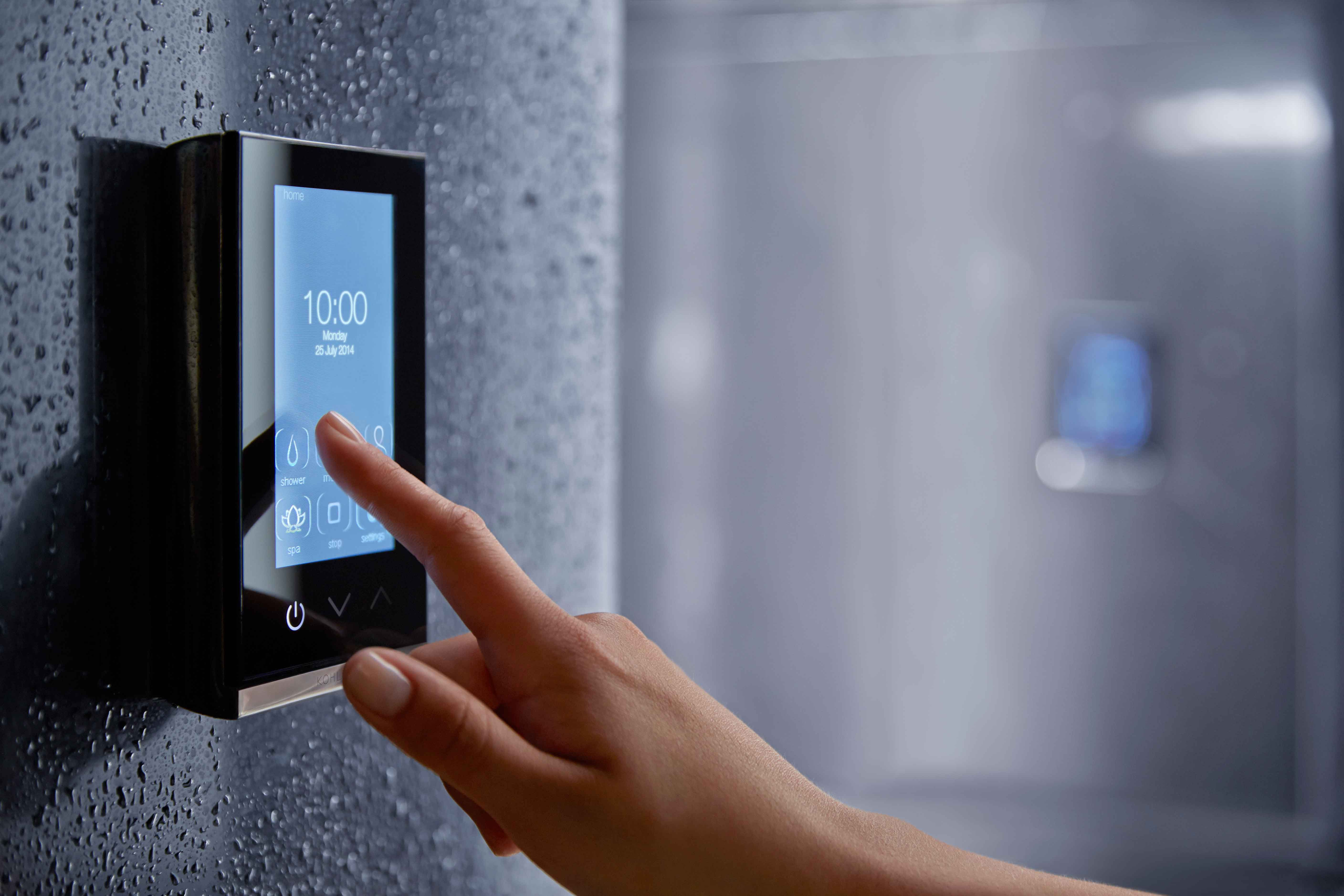 Good Smart Shower Shower That Tracks And Monitors Your Water Usage. Excellent  Example Of U0027Nudge