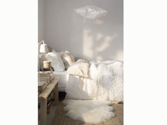 chambre cocooning blanche ikea interior design pinterest interiors decoration and bedrooms. Black Bedroom Furniture Sets. Home Design Ideas
