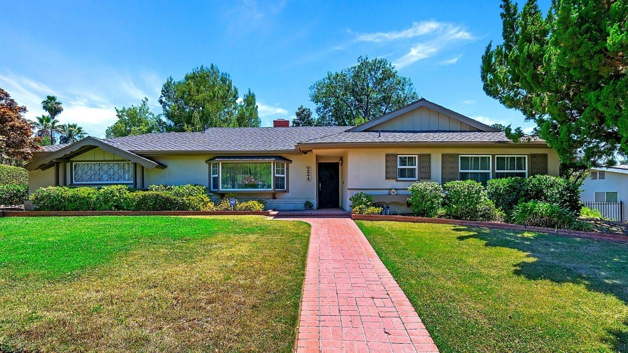 Houses In California For Sale Redlands Ca In 2020 California Homes House Styles House