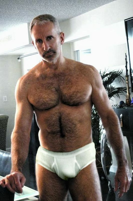 mature hairy asshole