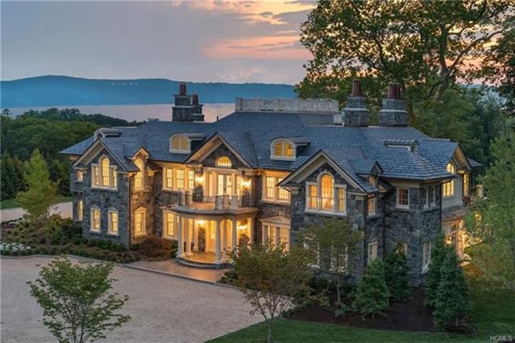 6 Carriage Trail Tarrytown Ny For Sale Mls 5119629 Weichert In 2020 Mansions House Exterior Hudson Homes