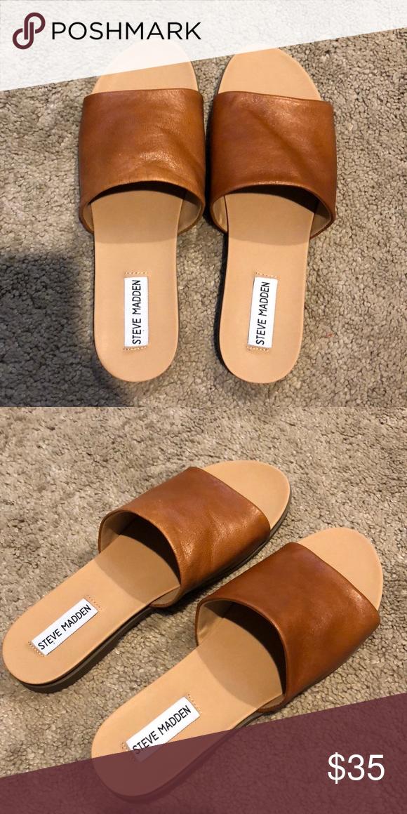 09a793738db Steve Madden Karolyn Flat Sandals Brand new
