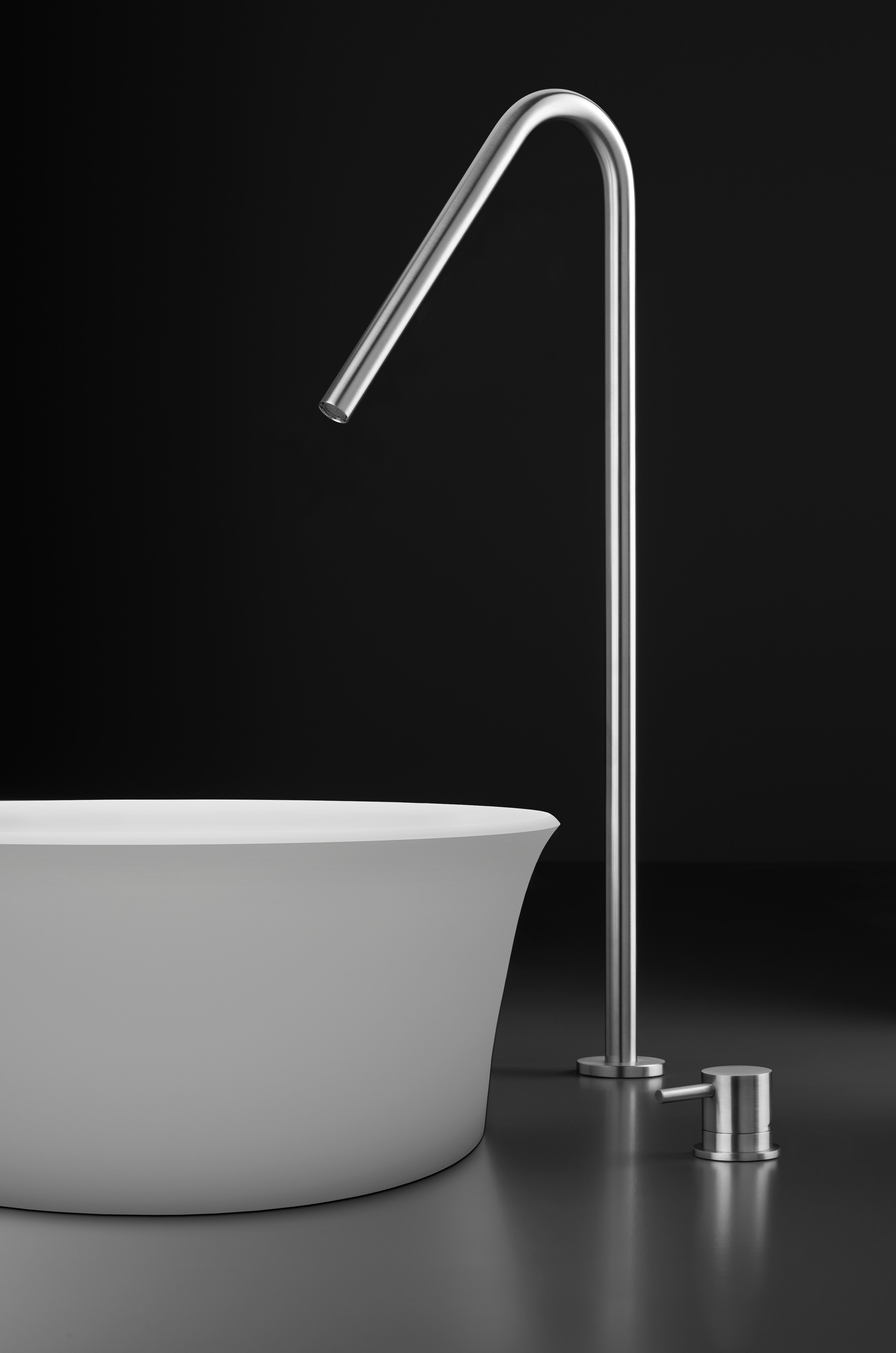 Stainless steel single-hole, raised deck-mount basin spout Italian ...