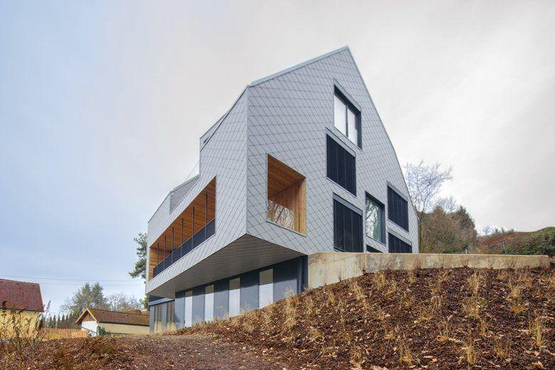 Дом, Б. А. Б. Е., Линц, 2013 - Destilat